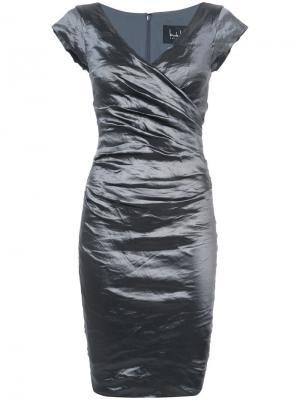 Платье с эффектом помятости Nicole Miller. Цвет: серый