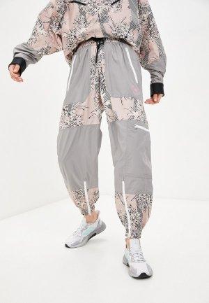 Ветровка adidas by Stella McCartney. Цвет: бежевый