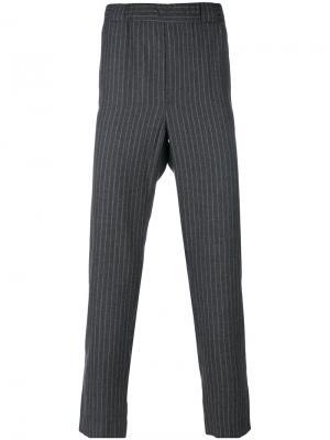 Укороченные брюки в тонкую полоску Lucio Vanotti. Цвет: серый