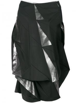 Платье в стиле оригами с открытыми плечами Issey Miyake. Цвет: чёрный