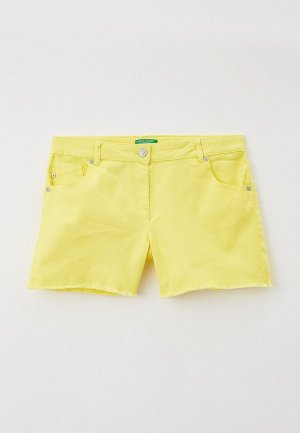 Шорты United Colors of Benetton. Цвет: желтый