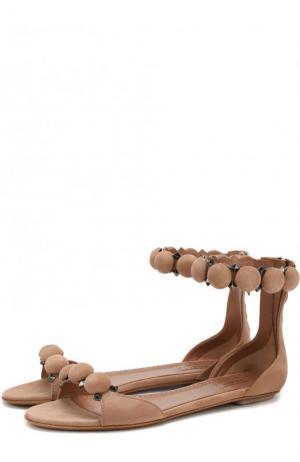 Замшевые сандалии с декором Alaia. Цвет: бежевый