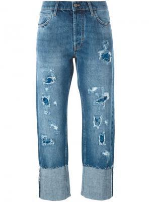 Джинсы с потертой отделкой Phoebe Mih Jeans. Цвет: синий