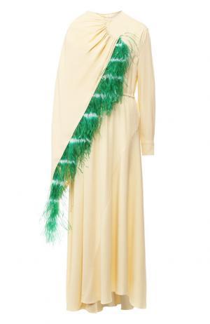 Платье-миди асимметричного кроя с перьевой отделкой Dries Van Noten. Цвет: кремовый
