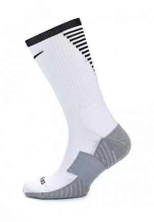 Носки Nike. Цвет: белый